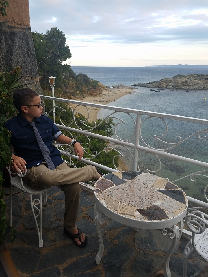 vistabella hotel, roes spain, family vacation, travel blogger