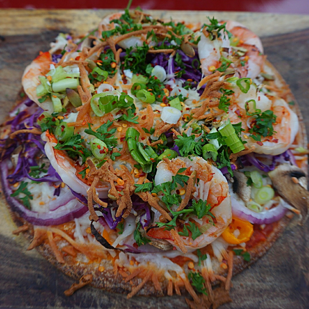 cauliflower shrimp pizza, keto pizza, nutrition